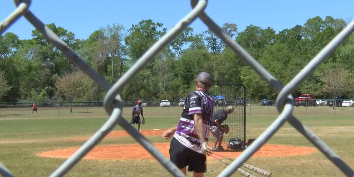 Parents look for other activities after Reidsville cancels softball season