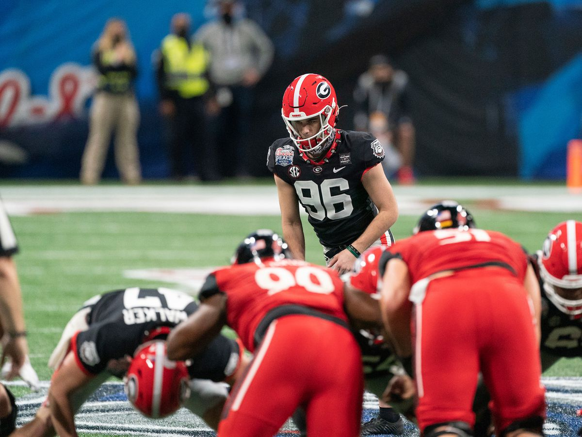Dawgs rally for Peach Bowl victory