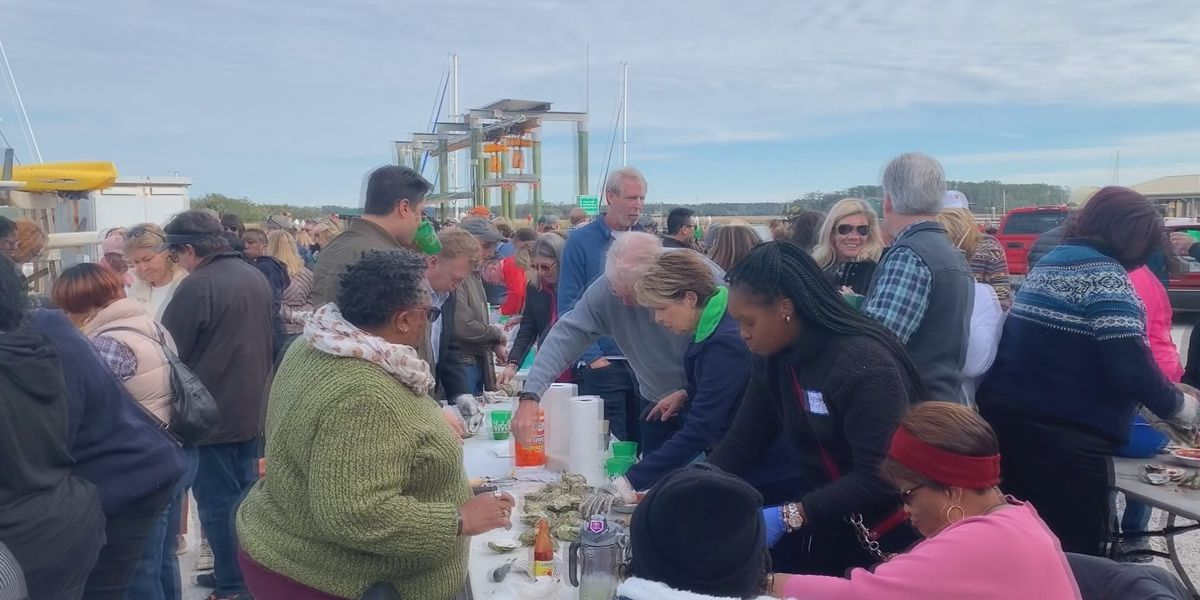 Hundreds attend Oysters on the Bluff