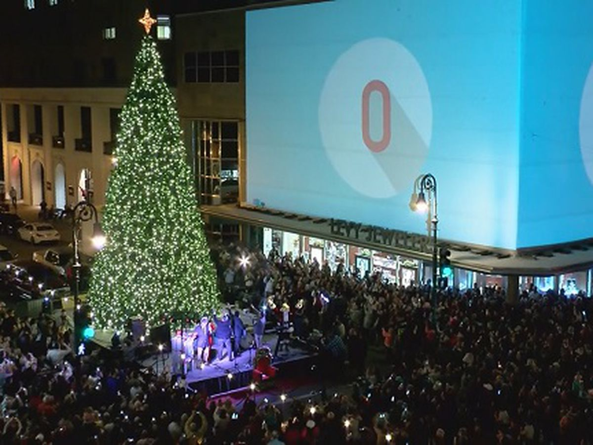 City of Savannah reaches agreement for downtown holiday decorations