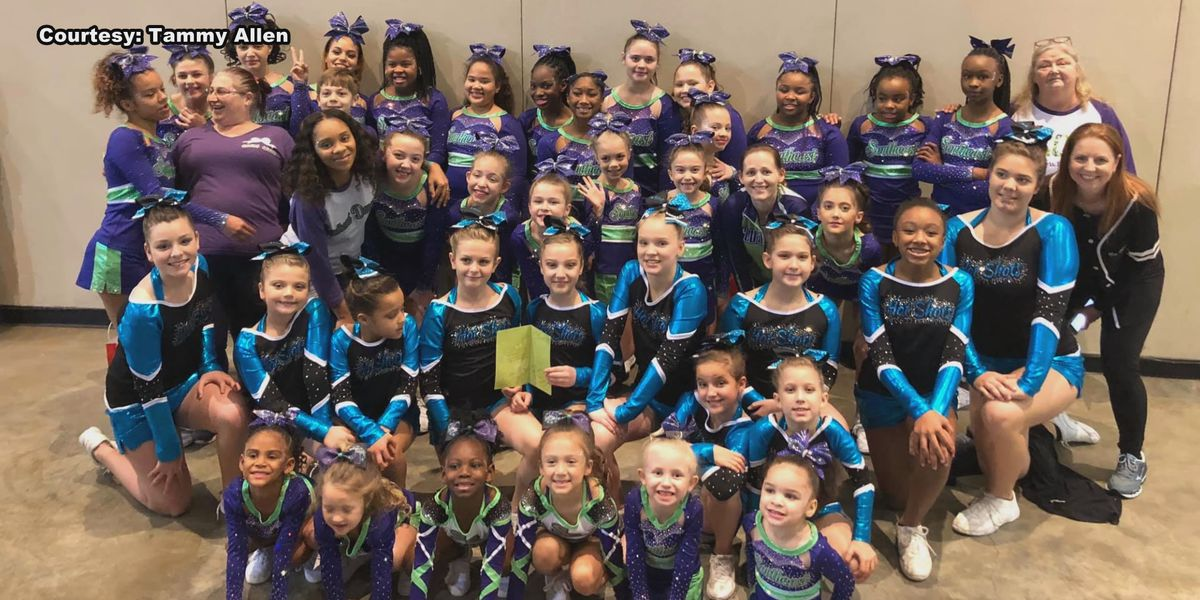 Cheer team offers sympathy for Long County community