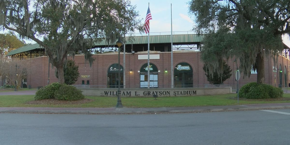 Savannah Bananas agree to new Grayson Stadium lease