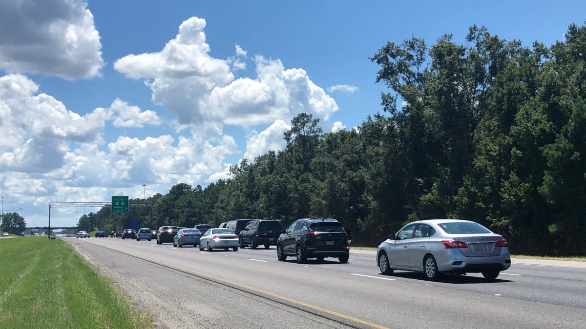 GDOT: Wreck closes southbound lanes of I-95 in Liberty County