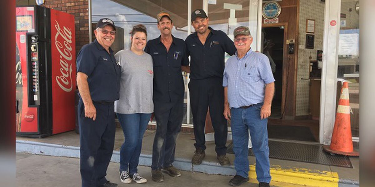 Customers, community reflect as Baxley business closes