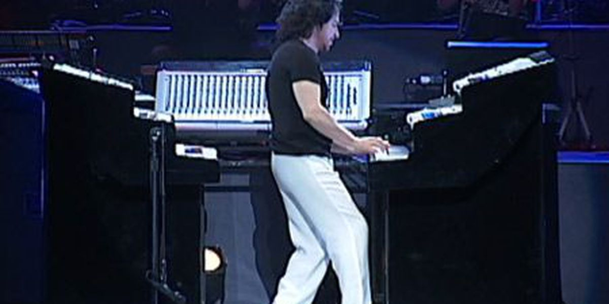 Yanni performs at the Savannah Civic Center