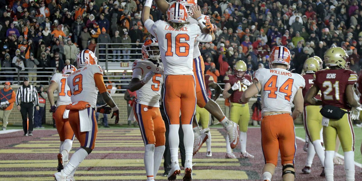 No. 2 Clemson knocks out No. 17 BC 27-7 to win division
