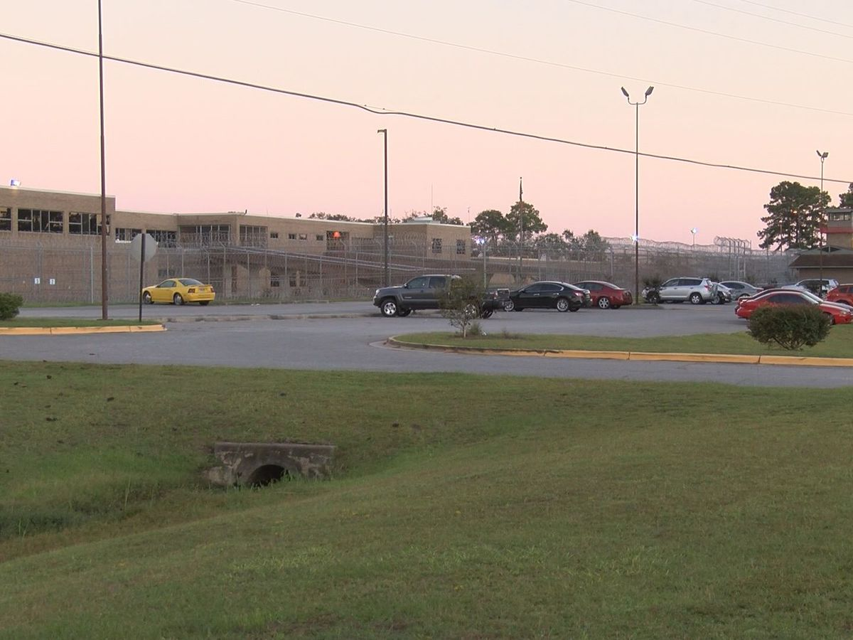 WTOC Investigates: Staffing numbers at Georgia state prisons