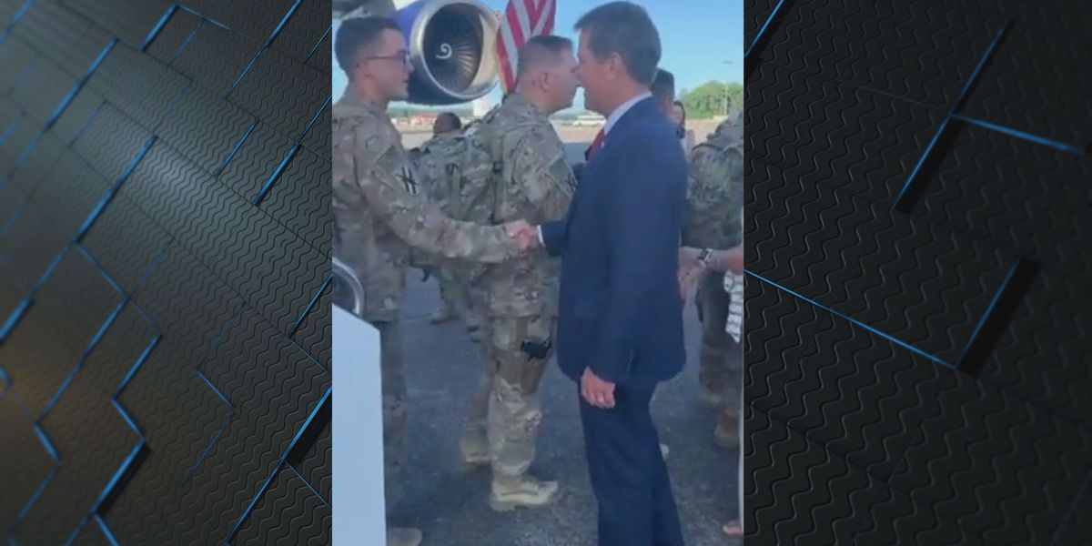 Gov. Kemp greets returning soldiers at Hunter Army Airfield