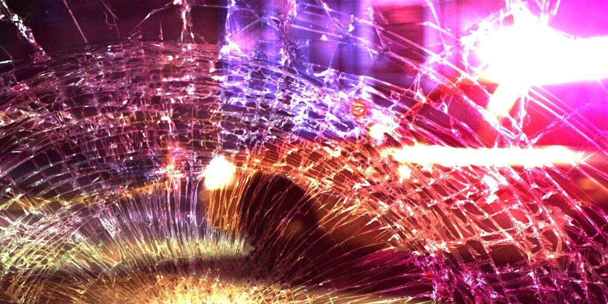 2 airlifted after two-car crash in Long County