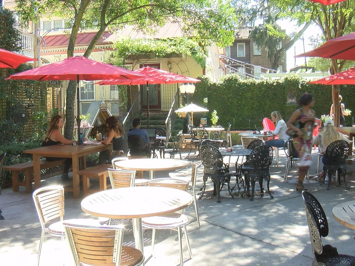 Popular downtown Savannah cafe fighting noise complaints