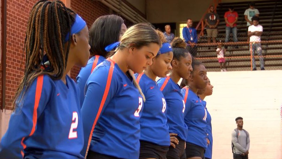 Tigers take court with heavy hearts