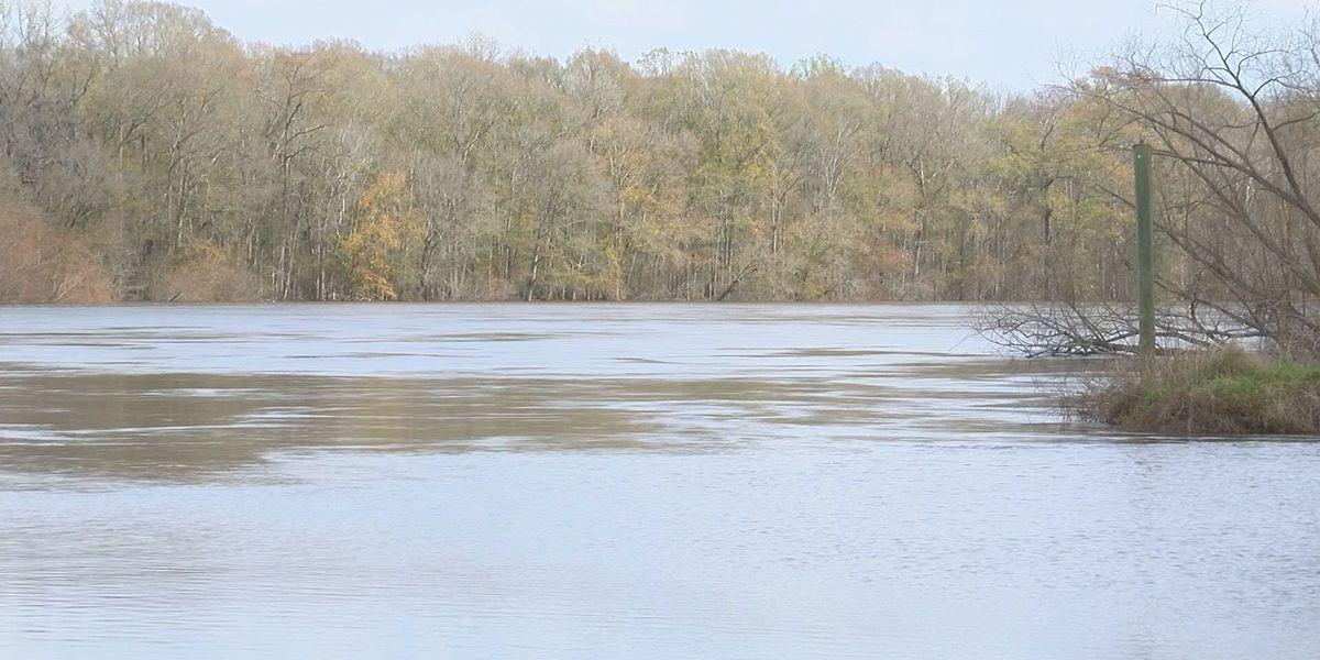 Wayne Co. EMA monitoring Altamaha River level