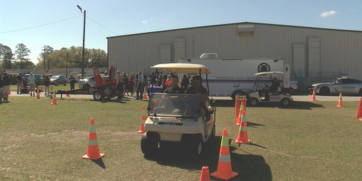 High school students in Effingham Co. experience life-changing 'teen maze'