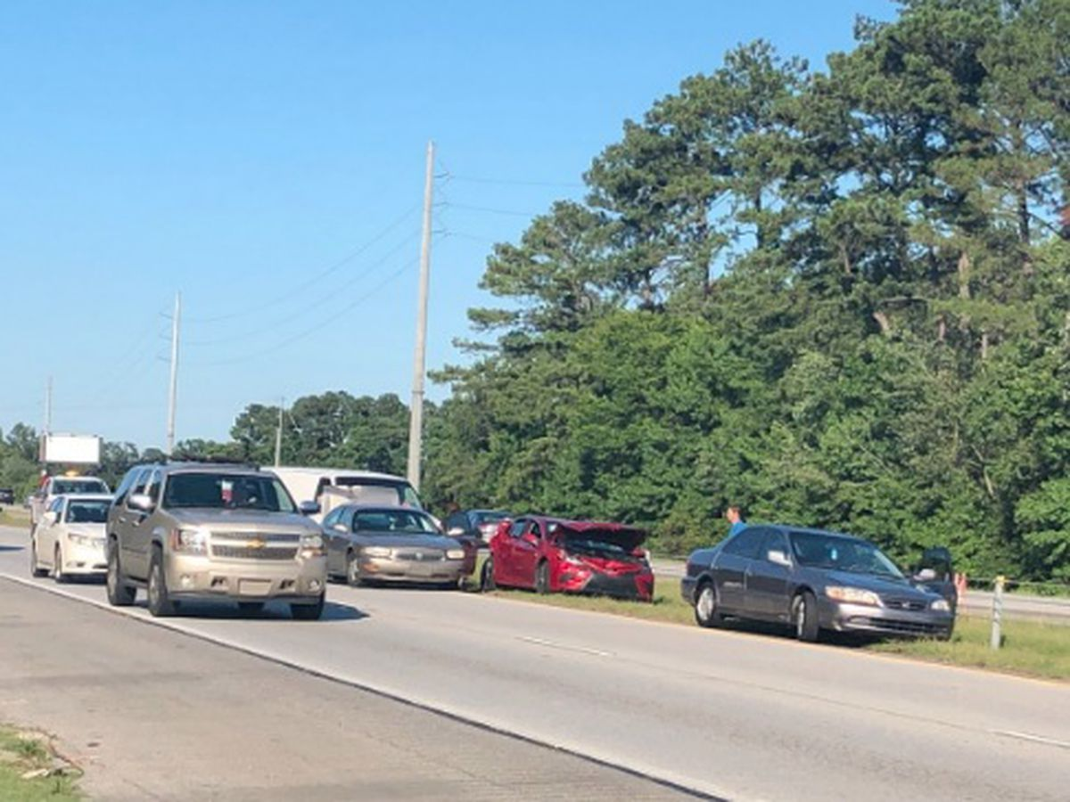 Wreck involving multiple vehicles slows traffic on I-16 WB near Chatham Parkway