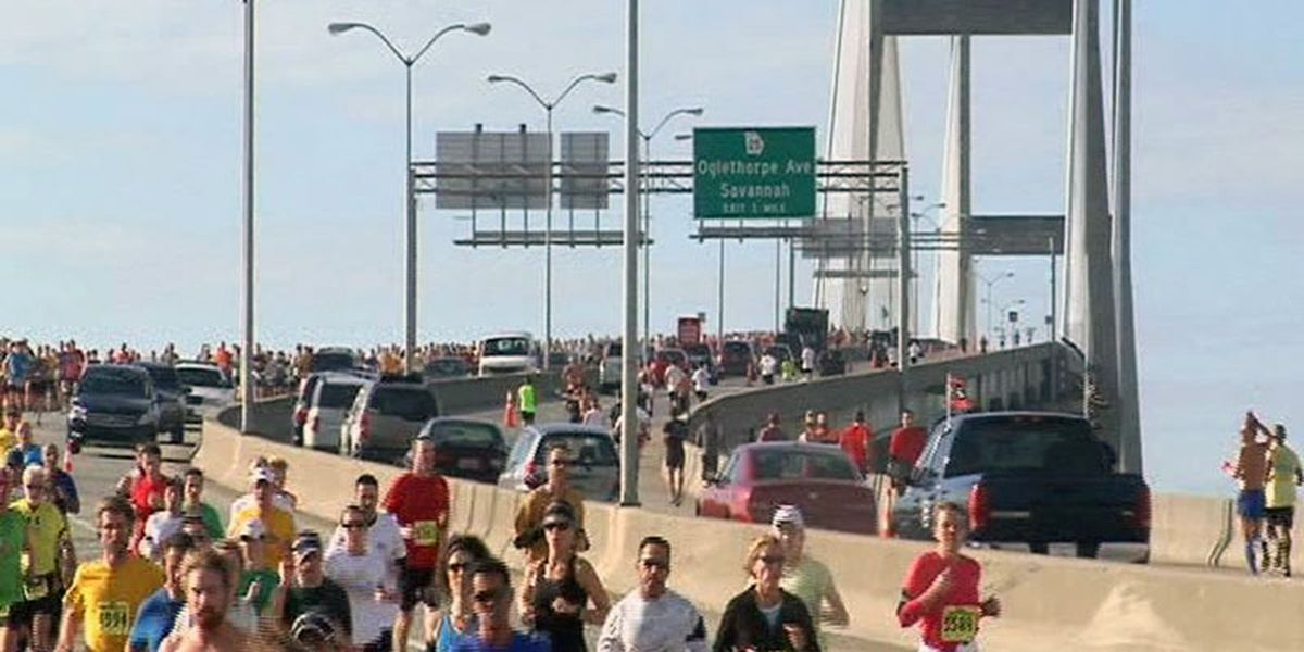 Savannah Bridge Run, Lighted Christmas Parade to impact downtown traffic this weekend