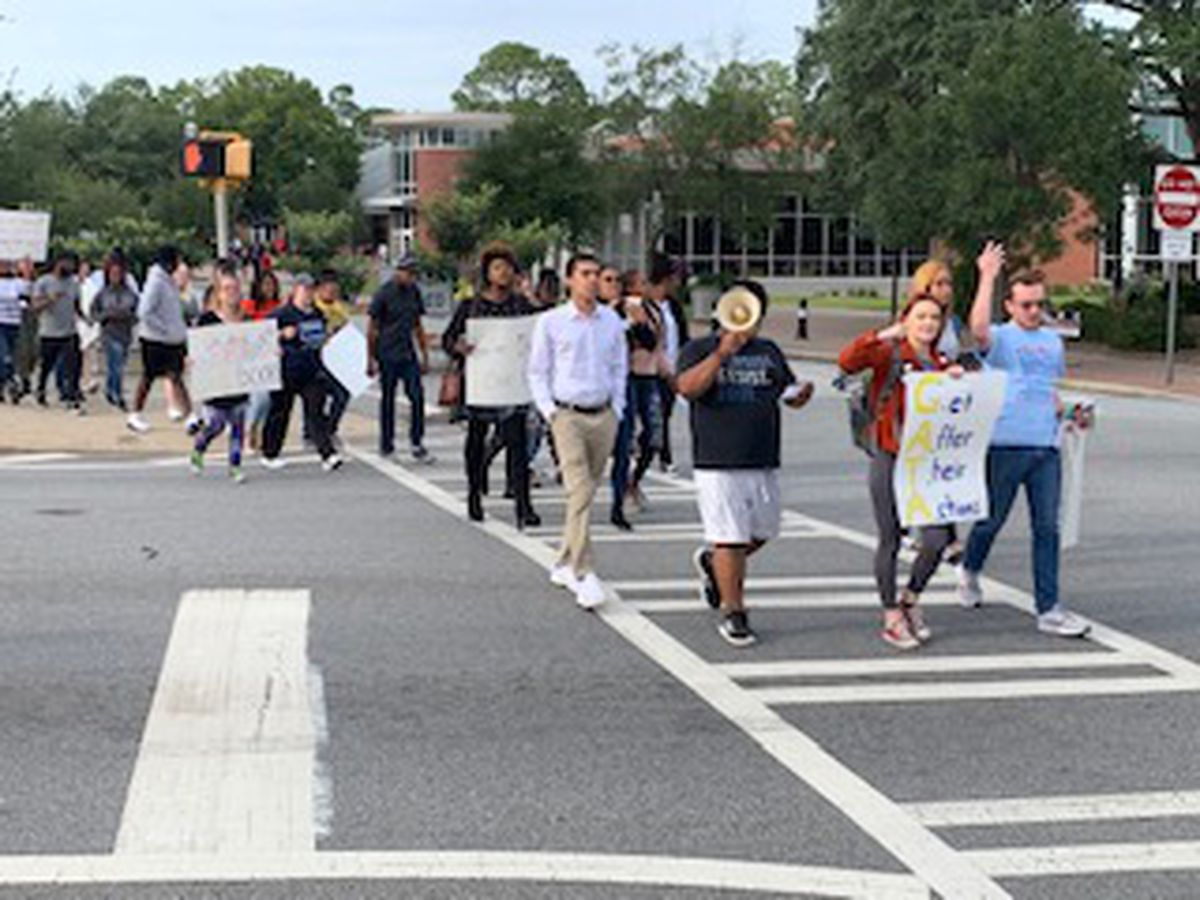 Students hold protest at Georgia Southern after book burning incident