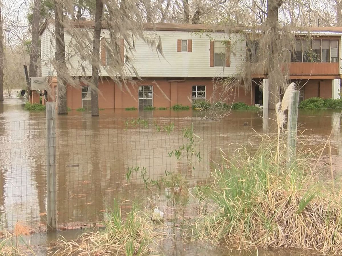 Flooding causes mandatory evacuation order in Montgomery Co.