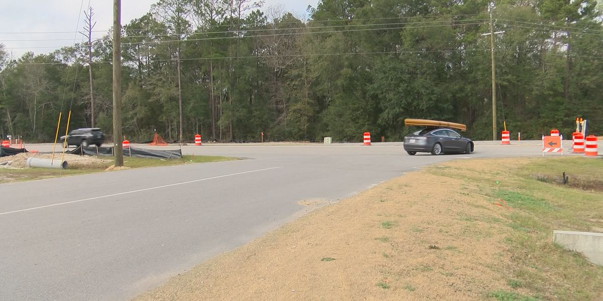 Effingham roundabout scheduled to open Monday