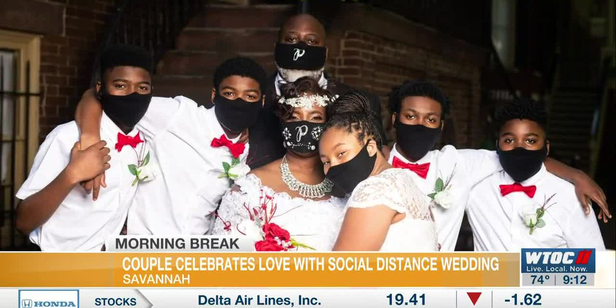 Savannah couple celebrates love, blended family with social distance wedding