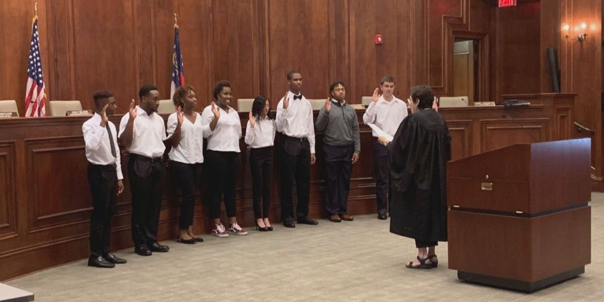 Hinesville chooses members for Youth Council