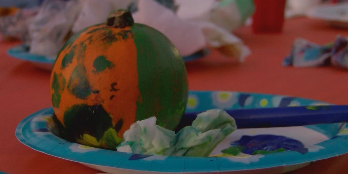 SPD holds third annual Pumpkin Painting with Police