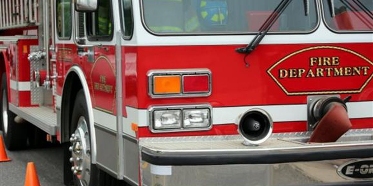 Structure fire in Wellwood displaces two