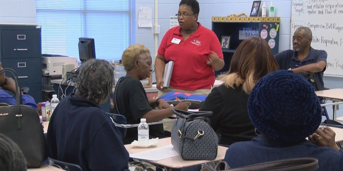 "Parent University at Savannah High offers courses in ""parenting"""