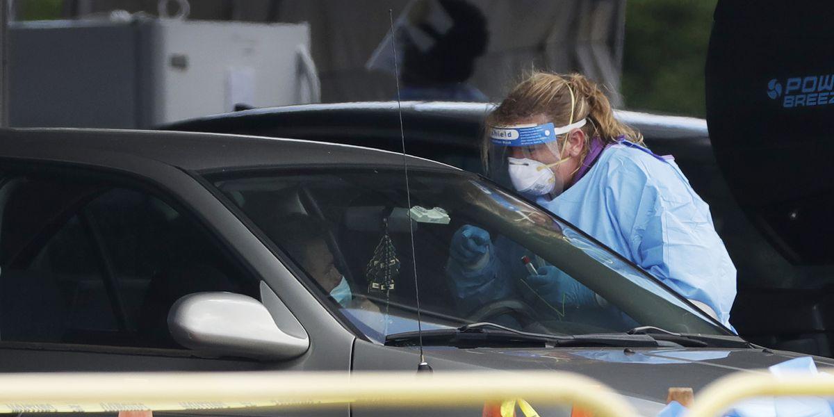 India reports 55,000 virus cases, Florida faces storm