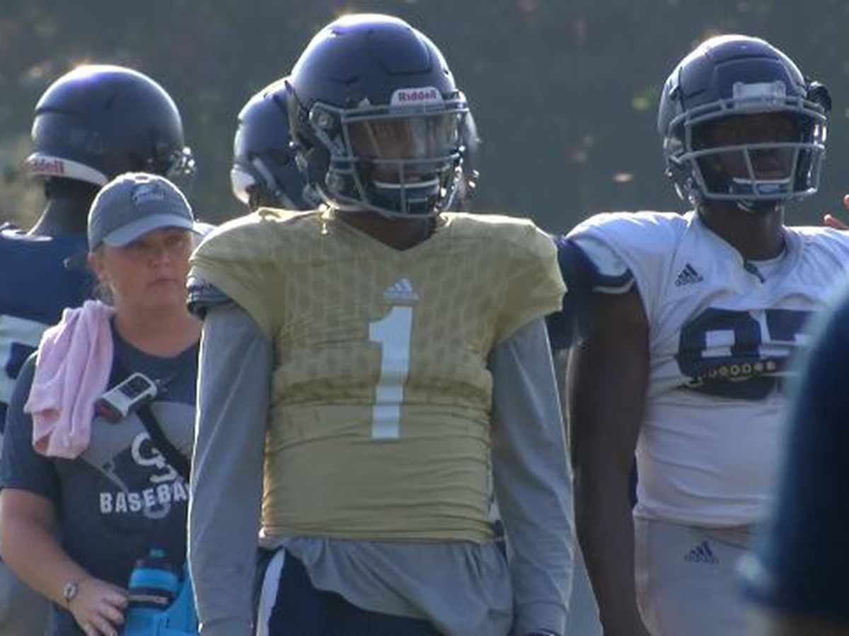 UPDATE: Georgia Southern starting quarterback transferring to Louisville