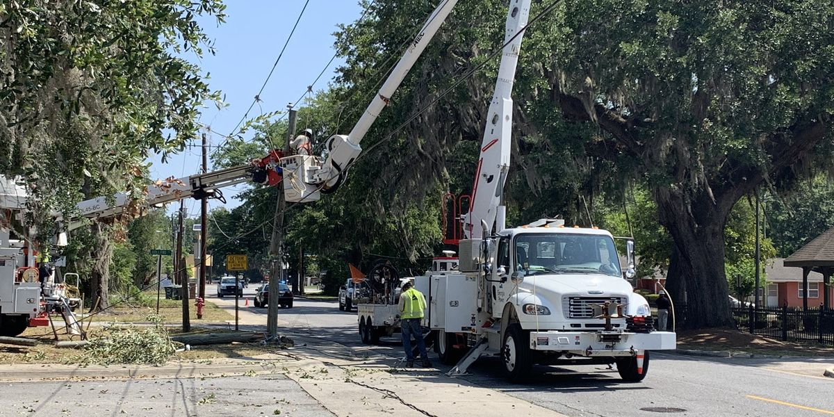 Power restored in Hinesville following crash