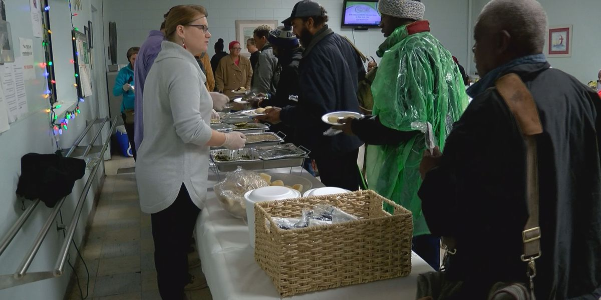 Union Missions serves 300 holiday meals