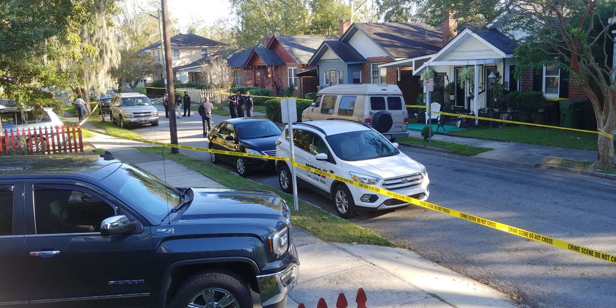 Female shooting victim arrives at hospital; police respond to multiple gunshot reports on 38th Street