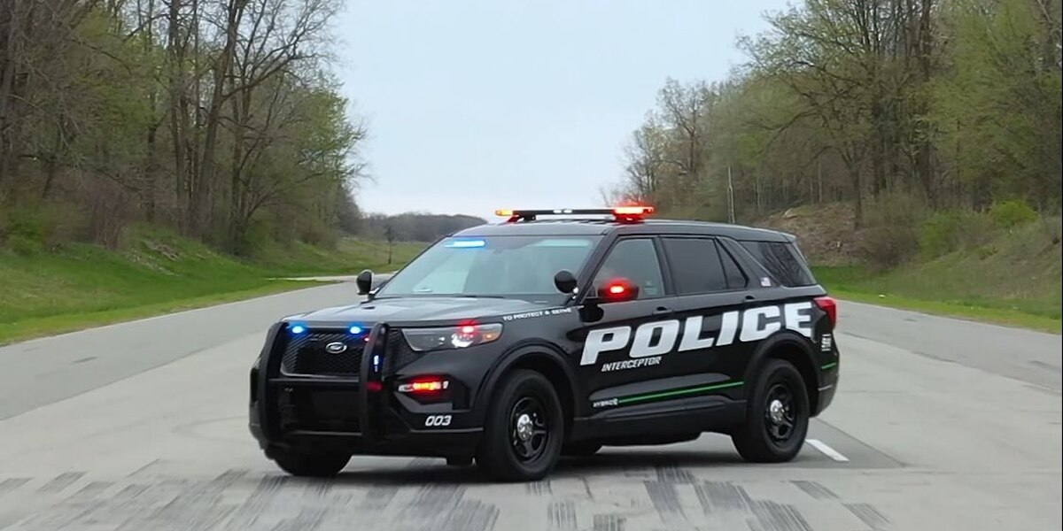Ford's heated sanitization software for police vehicles