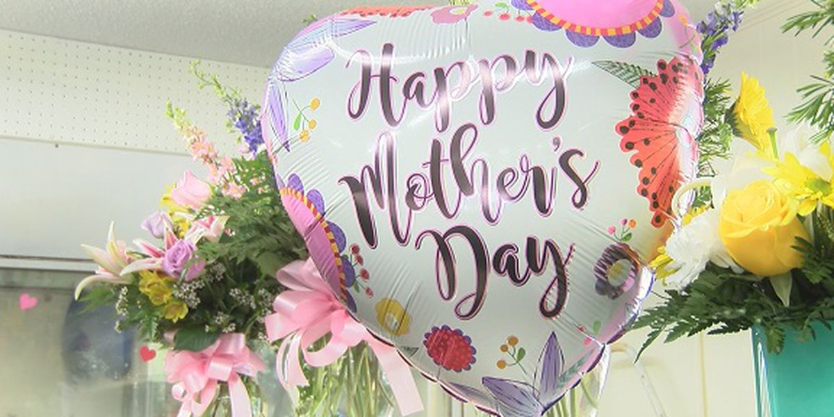 Florists preparing for Mother's Day rush