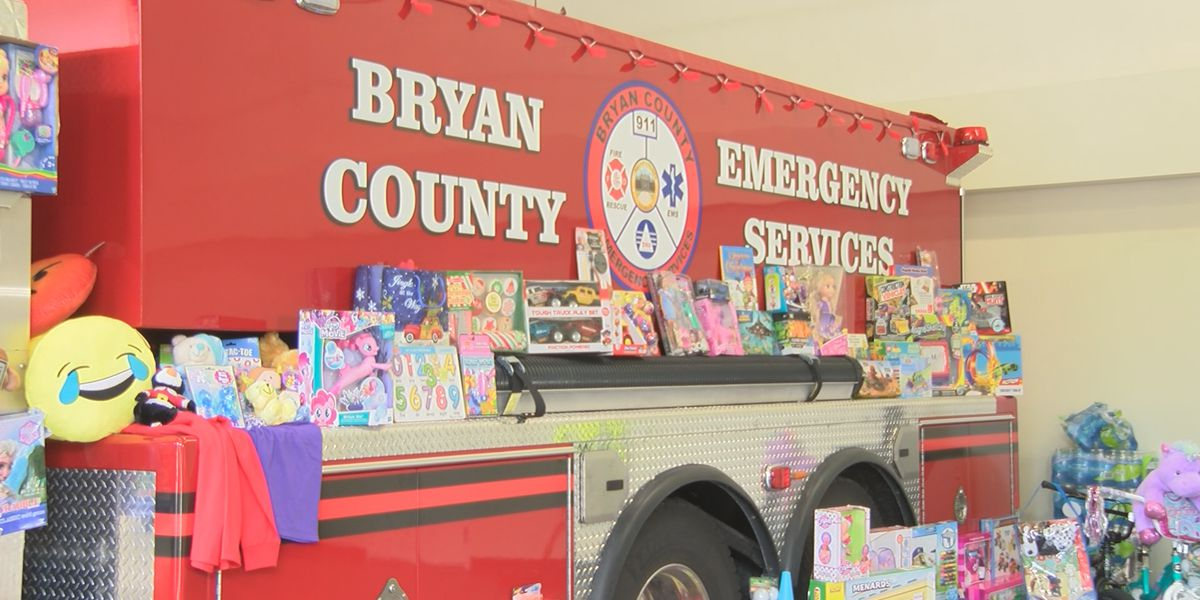 Bryan Co. emergency services fill empty trailer with Christmas presents