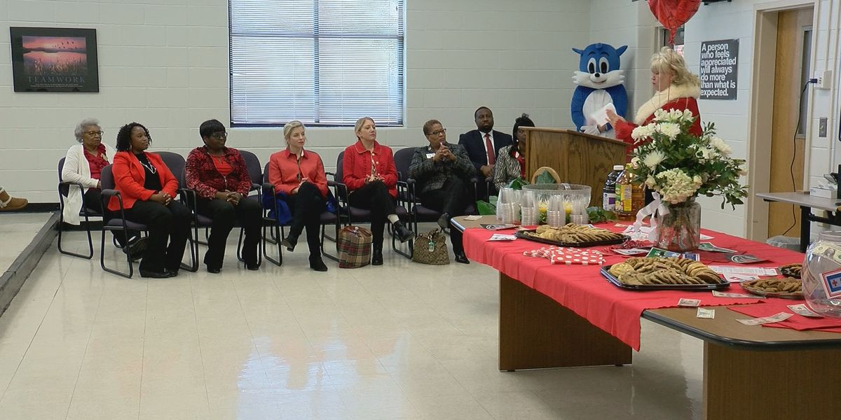 American Red Cross teams up with Dominos to support Savannah schools