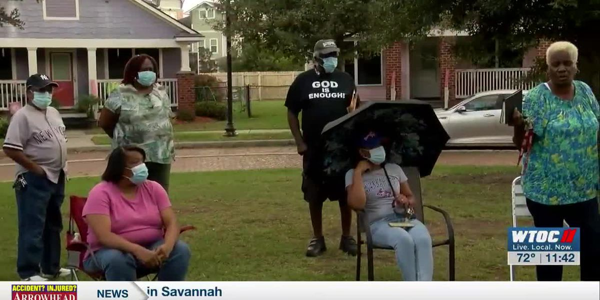 Savannah Gardens residents reach out to Alderwoman for help with mold, plumbing issues