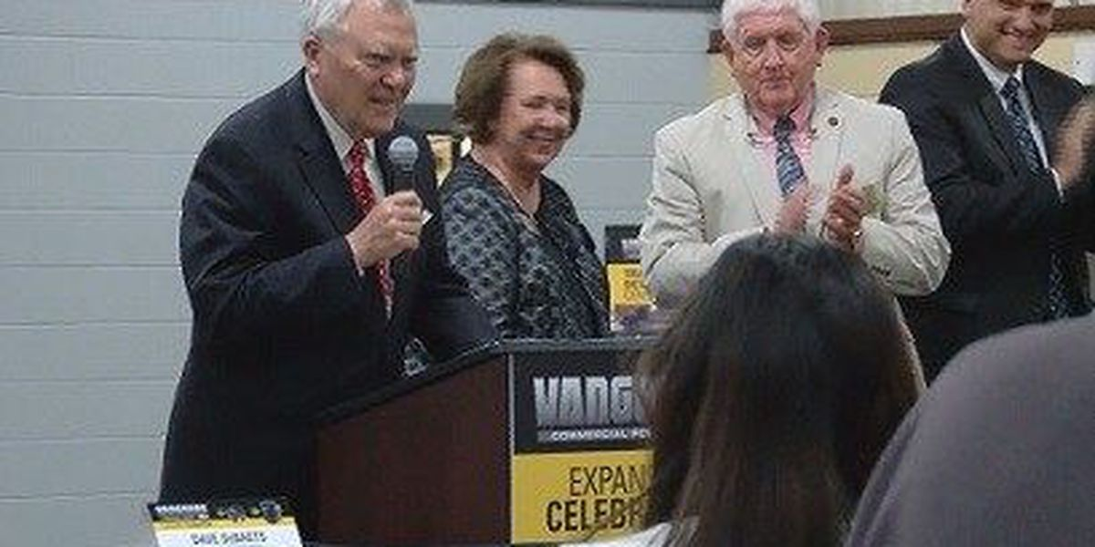 Briggs & Stratton celebrates expansion with Gov. Deal