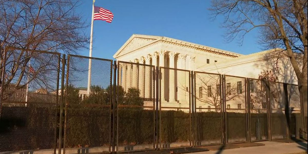 Bomb threat called into Supreme Court, all-clear given