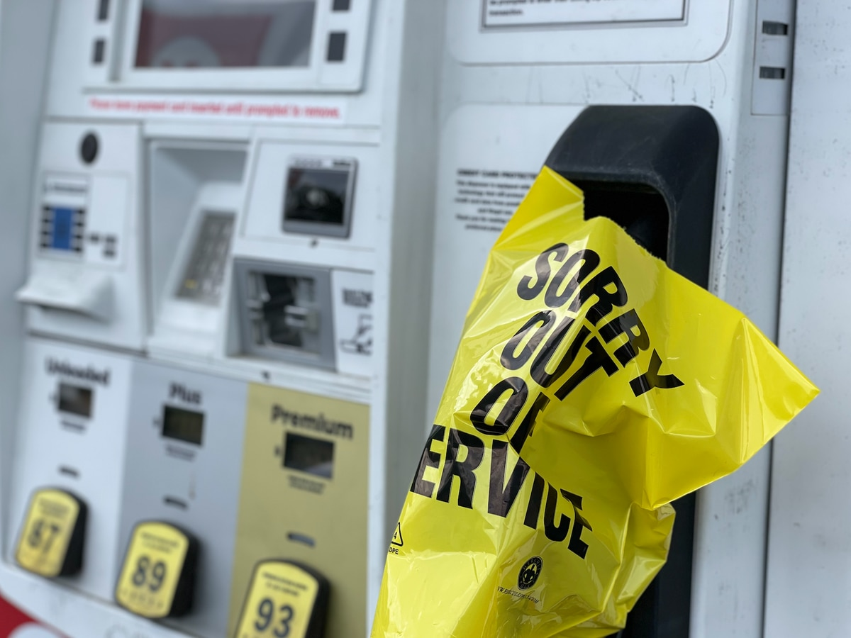 Kemp extends state of emergency for petroleum shortage