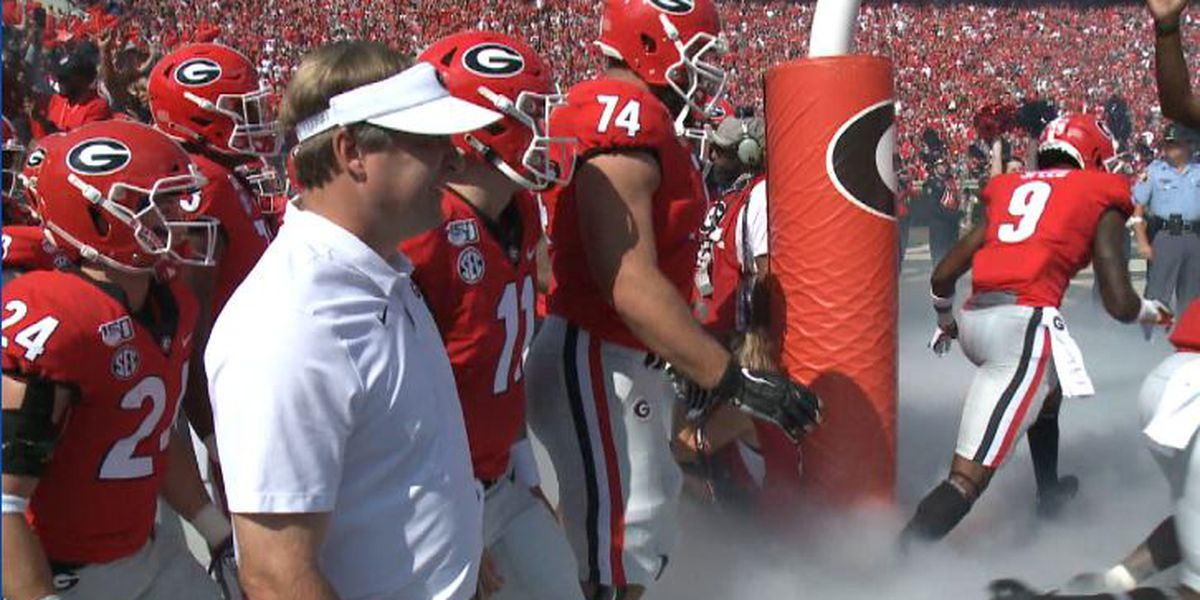 UGA, Clemson back in top 4 of College Football Playoff rankings