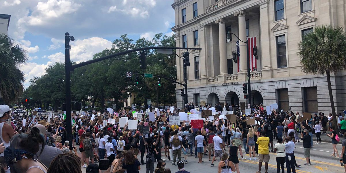 Peaceful protest in front of Savannah City Hall on Sunday