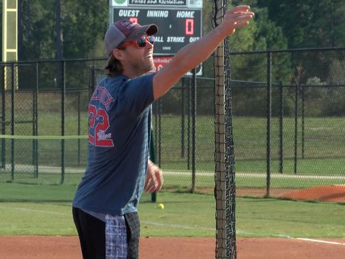 Reddick hosts 6th annual Home Run Derby