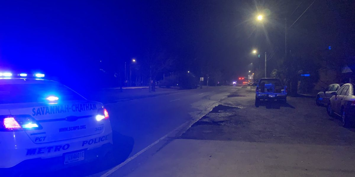 Crash at Montgomery Street and Staley Avenue closes intersection