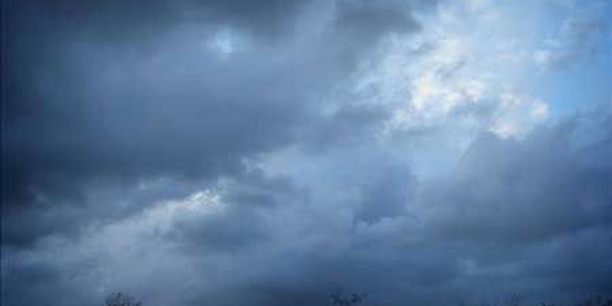 Forecasters expecting cold front, scattered storms