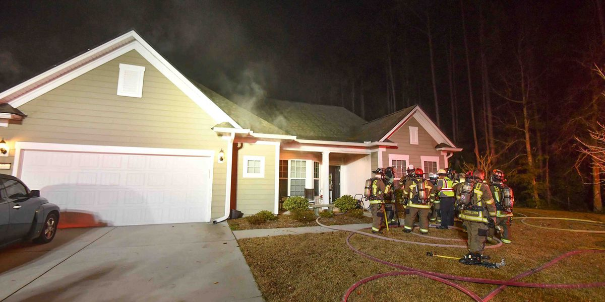Crews respond to early-morning house fire in Bluffton