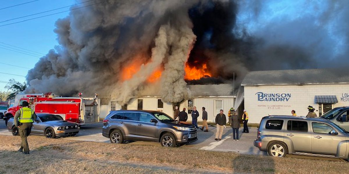 Fire destroys Brunson Laundry & Cleaners in Hampton Co.