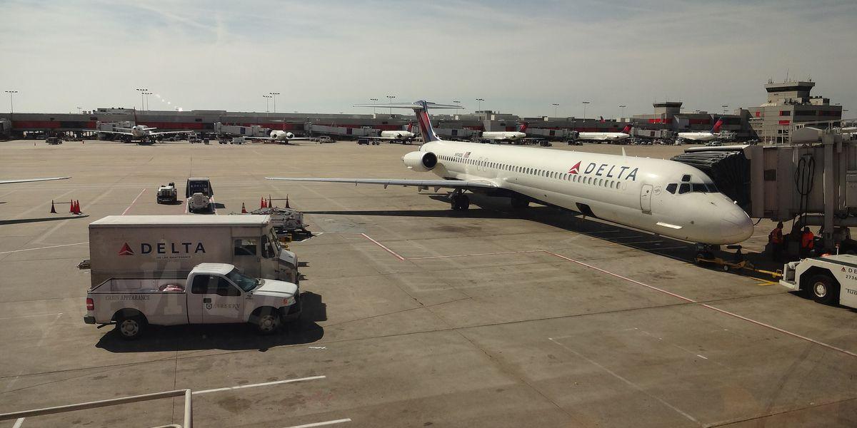 Atlanta airport now a smoke-free facility